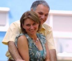 זוג בשנות ה40 לחייו עבר לגבעתיים, חוששים שיישארו שם עד הסוף